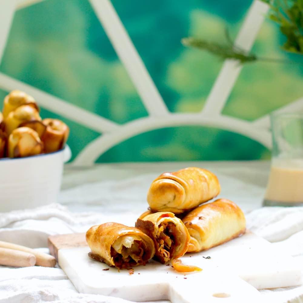 Вэрзэре - молдавские пирожки-сигары с капустой